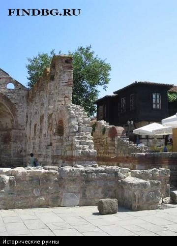 Исторические руины